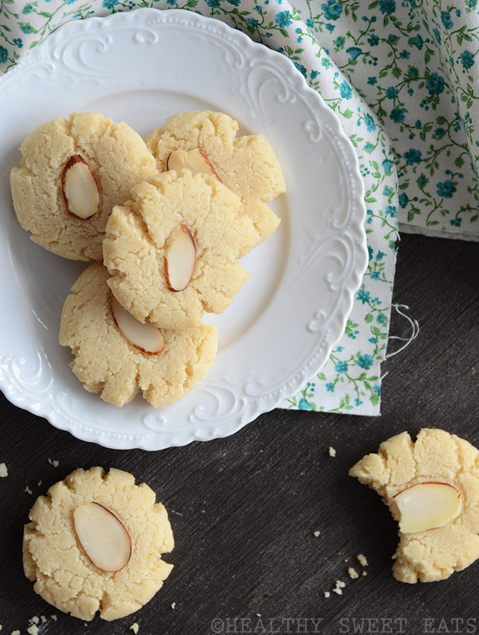 Vanilla-Almond Shortbread Cookies 2