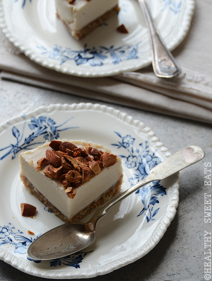 "No-Bake Mini Vanilla Almond ""Cheesecake"" 2"