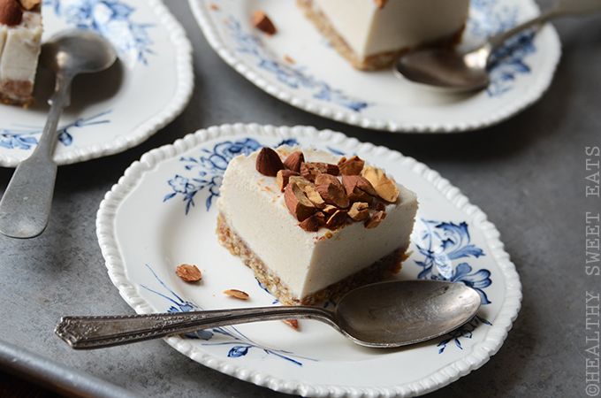 "No-Bake Mini Vanilla Almond ""Cheesecake"" 4"
