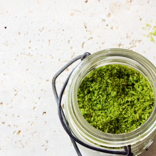 How to Naturally Dye Shredded Coconut Green
