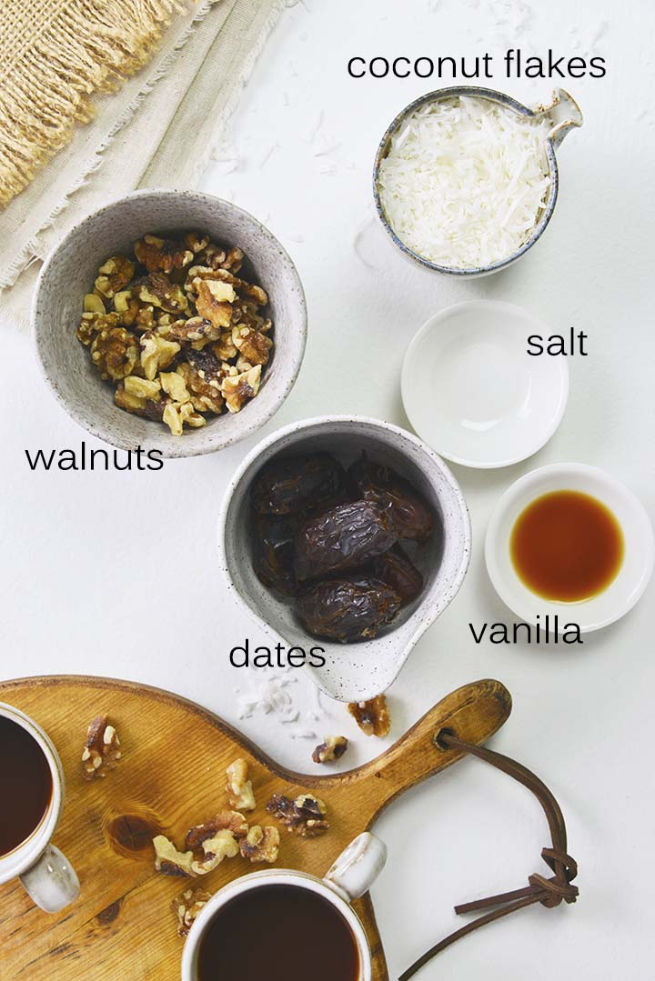 Coconut Date Balls Recipe Ingredients