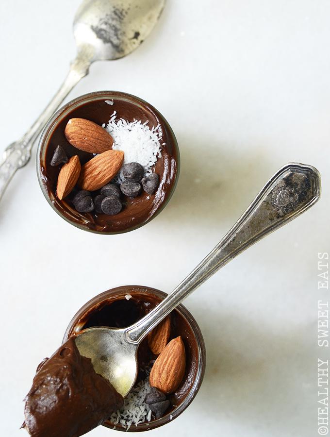 5-Minute Classic Chocolate Avocado Mousse 2