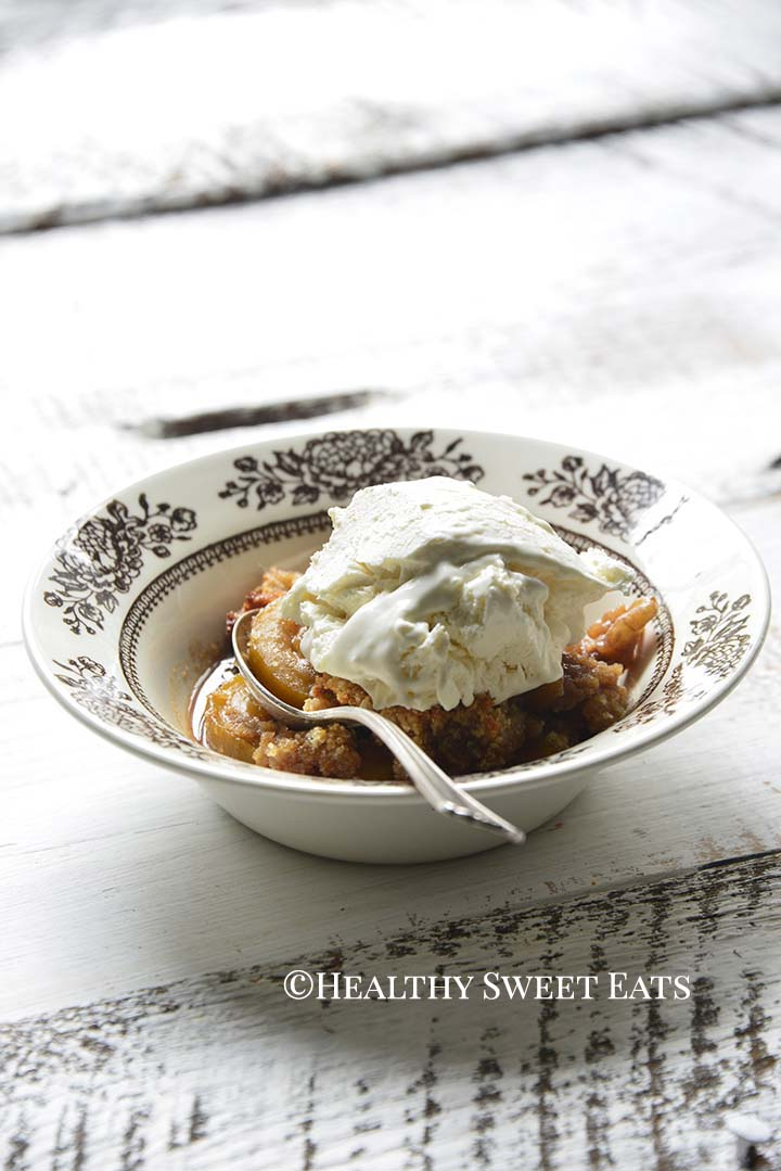 Front View of Low Carb Apple Crisp in Bowl