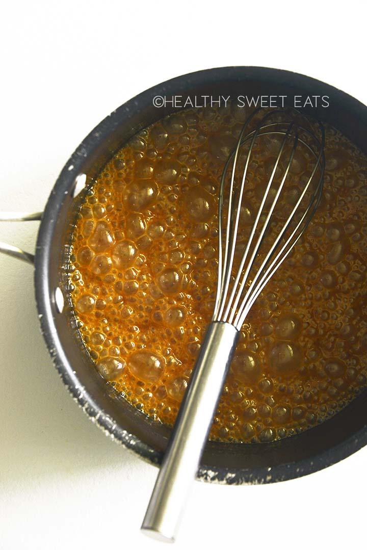 boiling keto caramel
